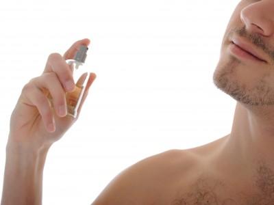 homens brasileiros usam fragrâncias específicas para o seu gênero